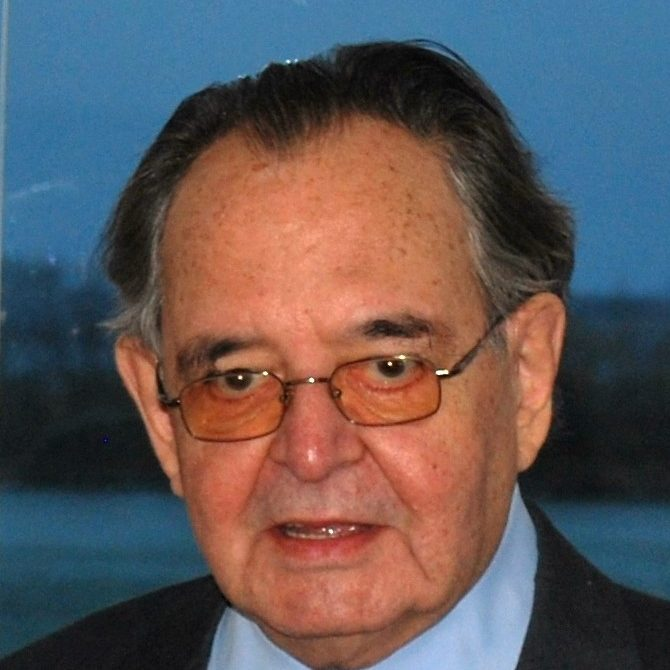 Paul-Hervé  L
