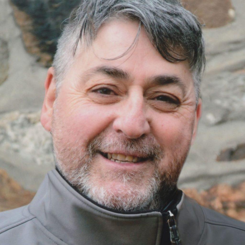 Yvon Deneault